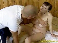 Gangbanged茶色の浴室 女子 の ため の エロ 動画