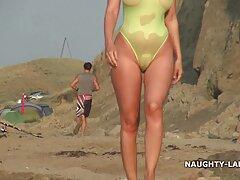 美しいロシアのポーズ裸のビーチに面 女子 向け h 動画