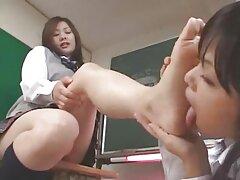 彼女のプッシーで練習に合格する学生 マチ子 女子 向け