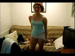 Kacey 女子 が 見る エロ 動画 Quinnは騎士を移動するマシンを取得します