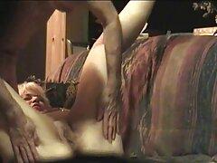 金髪の裸を罰する アダルト 女子 向け