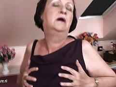 巨乳は最初の日に金髪になります。 女子 用 エッチ 動画